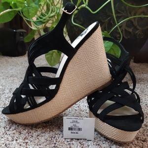 ☃️Sale! Fergalicious Black Sandals sz 9.5 NWOB